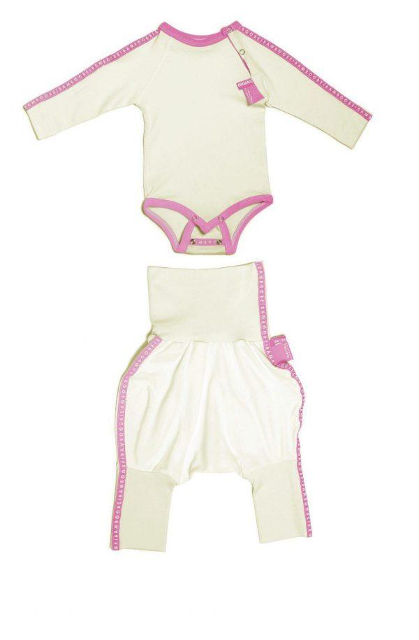 Ecological pink baby girl gift set for new mom.